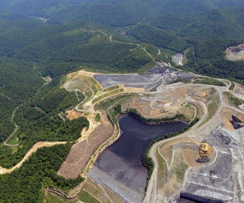 Few bright spots for U.S. coal