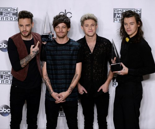 One Direction honors fans in 'History' music video