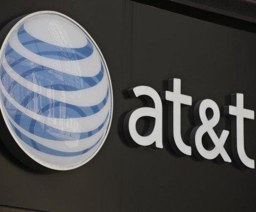 AT&T signs deal for roaming access in Cuba