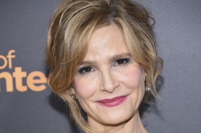 Kyra Sedgwick returns to TV Oct. 1 with 'Ten Days in the Valley'