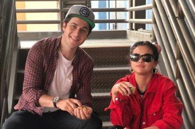 Selena Gomez reunites with David Henrie at Disneyland