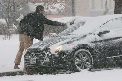 Arctic blast set to punish Northeast with cold, May snow