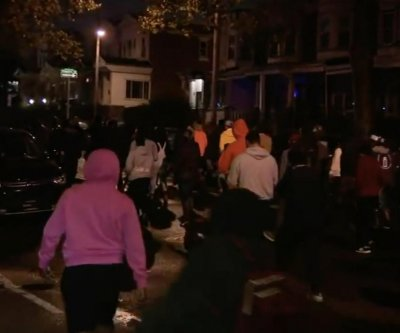 Philadelphia protests over fatal police shooting lead to 30 officers injured
