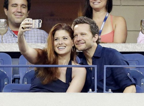 Debra Messing, Will Chase break up