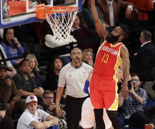 Houston Rockets take care of Los Angeles Lakers