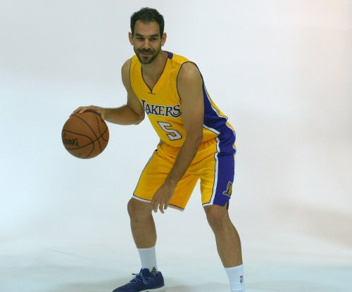 Jose Calderon set to join Golden State Warriors after buyout by Los Angeles Lakers