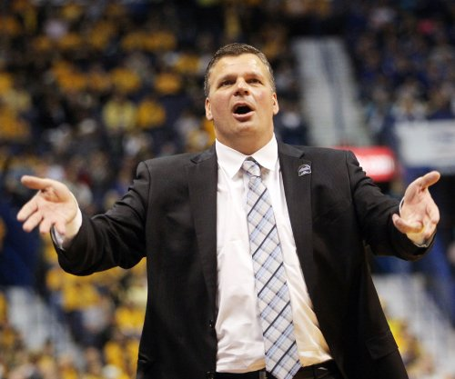Greg McDermott posts that he will remain with Creighton amid Ohio State rumors