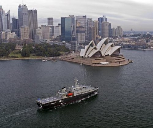 Australia's aviation training ship sails to home port