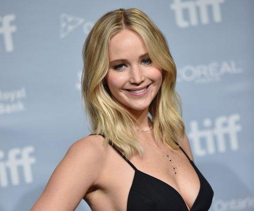 Jennifer Lawrence calls beau Darren Aronofsky 'bold, brave, brilliant'