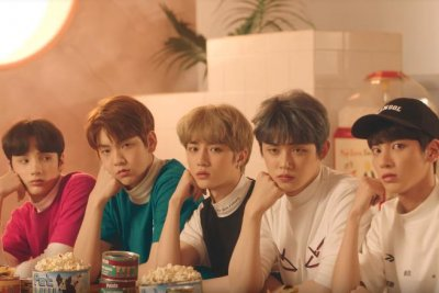 TXT teases cat version of 'Cat & Dog' music video