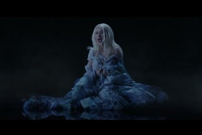 Christina Aguilera shares video for new 'Reflection' from 'Mulan'