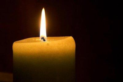 Singer-songwriter Johnny Nash dies at 80