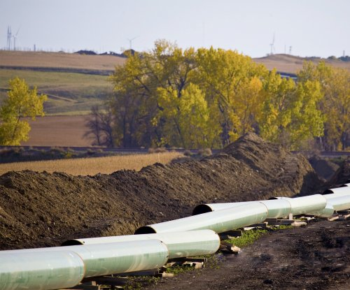 Pipeline leak raises questions over fate of Keystone XL