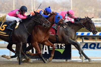 UPI Horse Racing Roundup: Kentucky Derby chase heats up