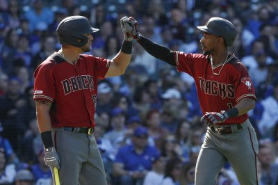 D-Backs, Phillies set MLB record with 13 combined home runs