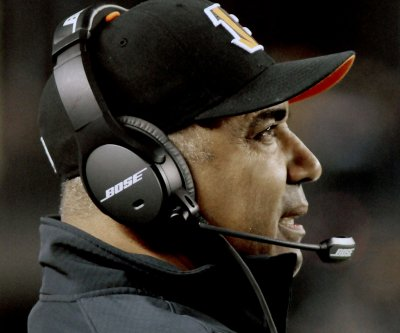 Cincinnati Bengals' Marvin Lewis continues to support Andy Dalton