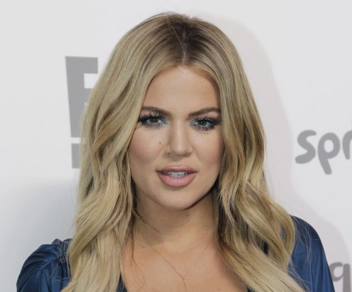 Khloe Kardashian responds to Amy Schumer's weight remarks