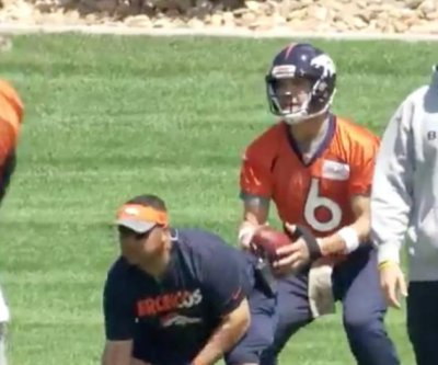 QB Mark Sanchez in saddle early at Denver Broncos workouts