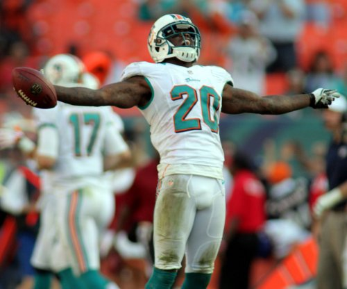 Miami Dolphins S Reshad Jones ends holdout