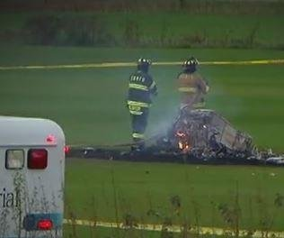 Man and woman killed in helicopter crash in Lino Lakes, Minn.
