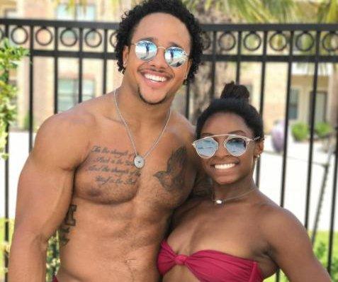 Simone Biles posts new photo with boyfriend on Labor Day