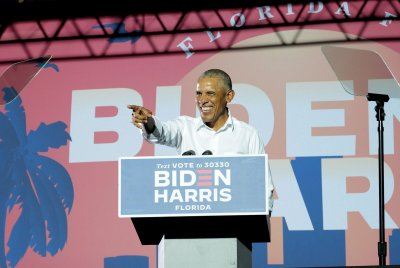 Obama stumps in Atlanta, Miami for Biden on campaign's final day