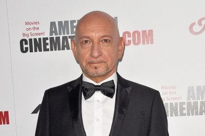 Ben Kingsley, Jane Curtin filming 'Jules' in New Jersey