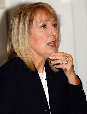 Teri Garr adds voice to 33 living with MS