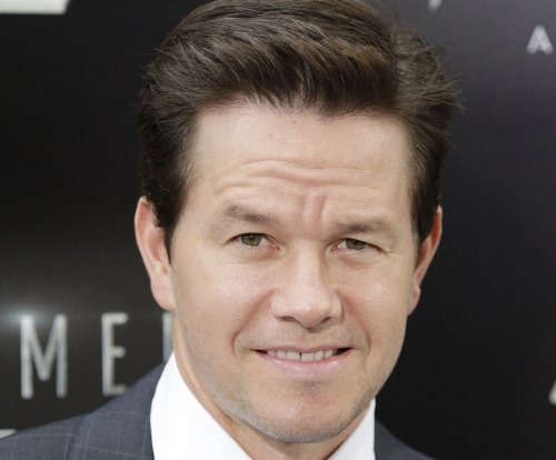 Mark Wahlberg seeks pardon for old assault case