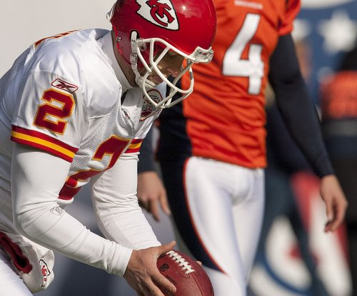 Report: Chiefs sign P Colquitt to three-year deal
