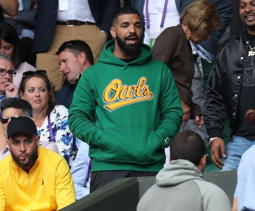 Drake spotted cheering on Serena Williams at Wimbledon