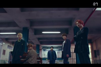 Super Junior teases 'I Think I' music video