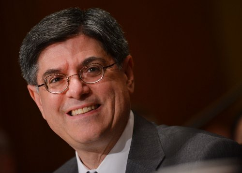 Senate committee approves Lew