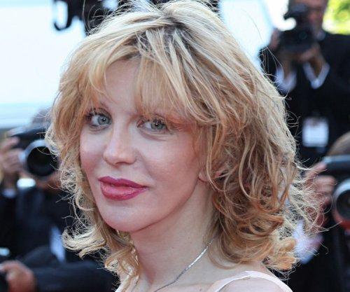 Courtney Love joins ABC drama 'Revenge'