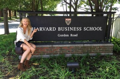 Maria Sharapova enrolls at Harvard during suspension