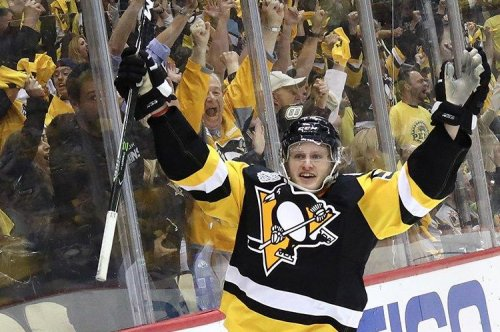 Jake Guentzel's late goal lifts Pittsburgh Penguins to Game 1 victory