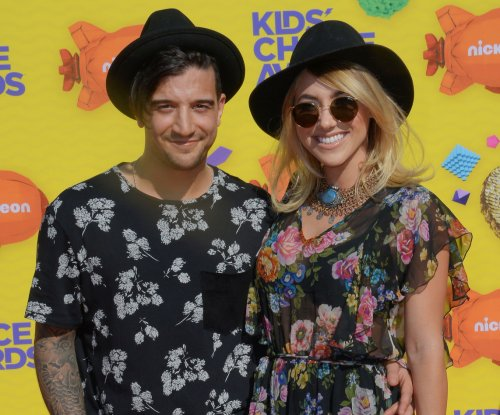'Dancing with the Stars' pro Mark Ballas to return in Season 25