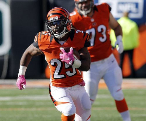 Giovani Bernard carries Cincinnati Bengals over eliminated Detroit Lions