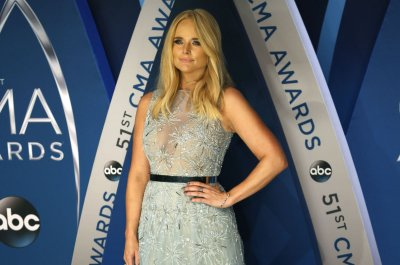 Miranda Lambert, Jason Aldean to perform at the ACM Awards