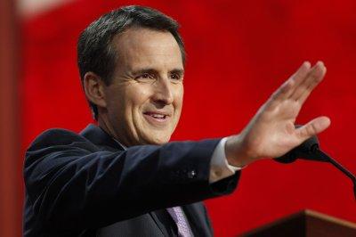 Minnesota's ex-Gov. Pawlenty seeks third term