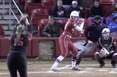 Arkansas softball star Danielle Gibson hits home run cycle