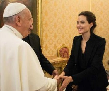 Angelina Jolie meets the Pope at Vatican premiere of 'Unbroken'
