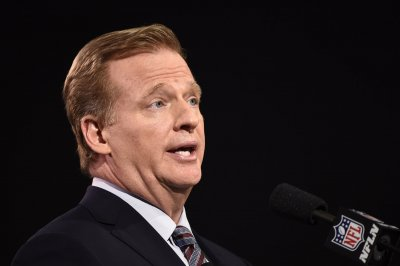NFL suspends blackout rule for 2015 season