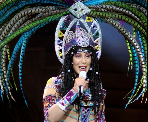 Cher blasts Kate Hudson's Fabletics activewear site