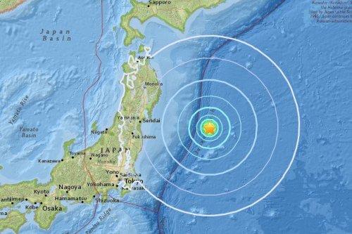 6.2-magnitude earthquake strikes Japanese coast