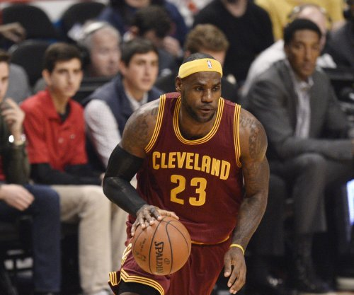 LeBron James, Cavs beat Bucks for 4th straight win