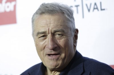Robert De Niro, Julianne Moore attached to David O. Russell helmed TV series