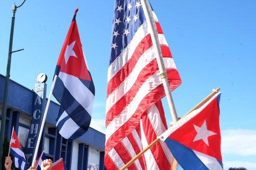 U.S., Cuba sign maritime border treaty