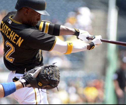 Pittsburgh Pirates 2017 season preview: Andrew McCutchen switch, Jung Ho Kang status keys