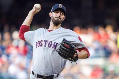 Yankees-Red Sox to decide season series
